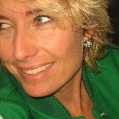 Sandra De Vries On Twitter Beetje Laat Maar Jeetje Wat Een Pracht Mens Ik Ben Fan Van Astrid Joosten Lindaszomerweek