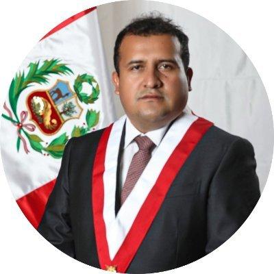 Walter Benavides Gavidia, Congresista