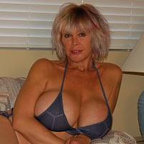 Karupa S Older Women Blonde 71