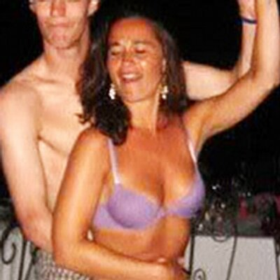 Amusing moment Pippa middleton naked mistake can