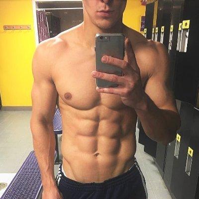 Muscle men twitter
