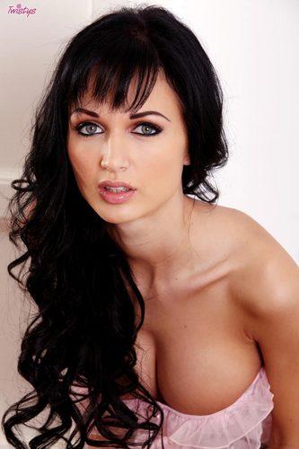Roxanne Pornstar