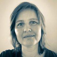 Charlotte James @Charliepencils Profile Image
