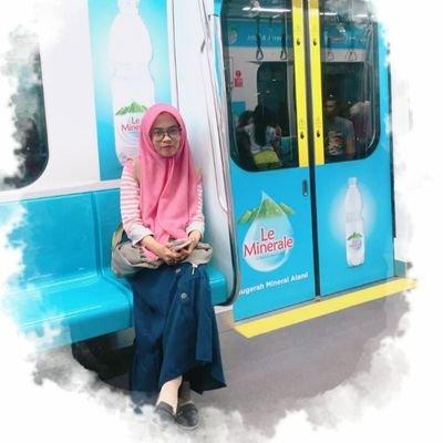 Fitriyah Kamilah On Twitter Tutorial Hijab Pashmina Simple Https T Co Kn3xuhtbbr Via Youtube
