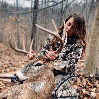 Sara Hunting Lover