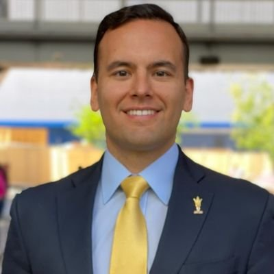 Director of @SeligSLB. #ForksUp  Former @NCAA Associate Director of Football.   Marquette Law '13. ND '10. Opinions are my own.