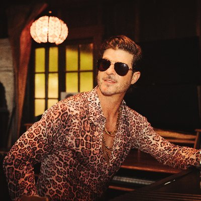 Robin Thicke (@robinthicke) Twitter profile photo
