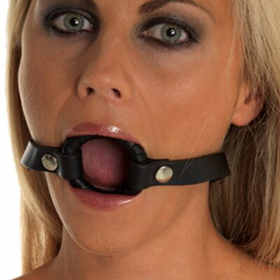 Amateur throat gag