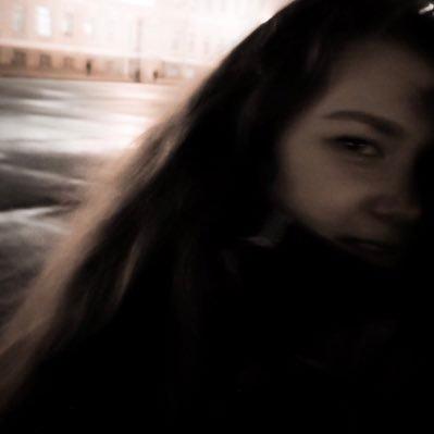 anna (@morelary_)