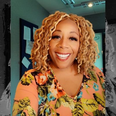Radio Personality who is fun, outgoing, love to cook & read celebrating 39 years Broadcasting Pop culture Enthusiast #podcaster #auntieofpopculture