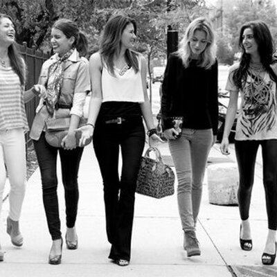 The Style Tribe | Social Profile
