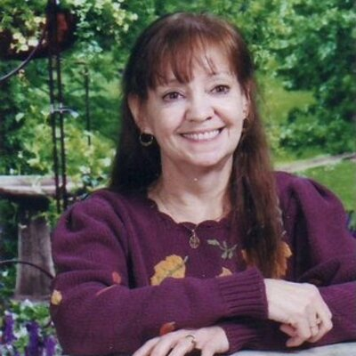 Carol Marrs Phipps's Twitter Profile Picture
