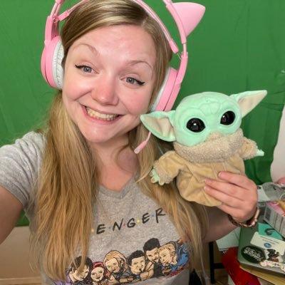 Gamer girl & aspiring DJ 🎮🎶 she/her | Twitch Affiliate | Let's be friends! ❤️🧡💛💚💙💜🖤🤎