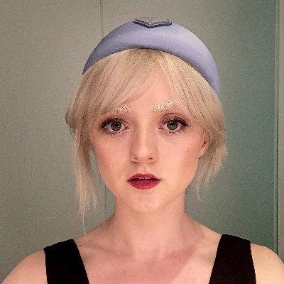 @Maisie_Williams
