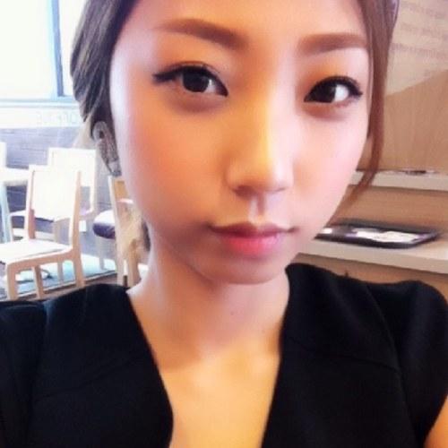 biodata kim soo hyeon who is dating