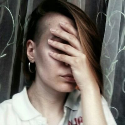 Полина Светлая (@LightyPolla)