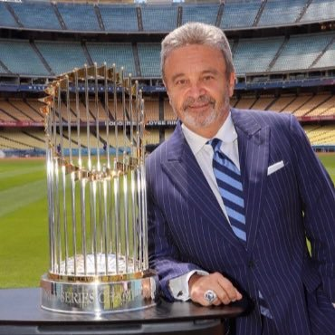 Baseball Exec.@SportsNetLA; 3xEmmy; Fmr@ Dodgers GM. Pro Scout 🦈; Author/The Big Chair; Prof@Pepperdine. ❤️✝️ 🎹 Chicagotheband, Sinatra, Clapton, Dino, Sammy.