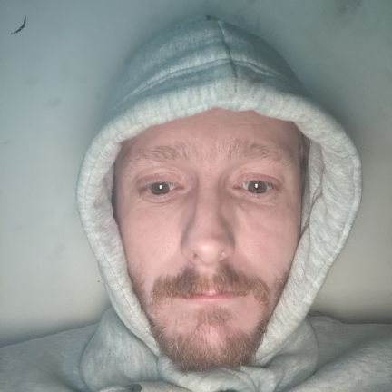 A variety Streamer who has chilled streams