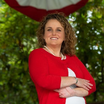 Beth Wierling (Twitter profile image)