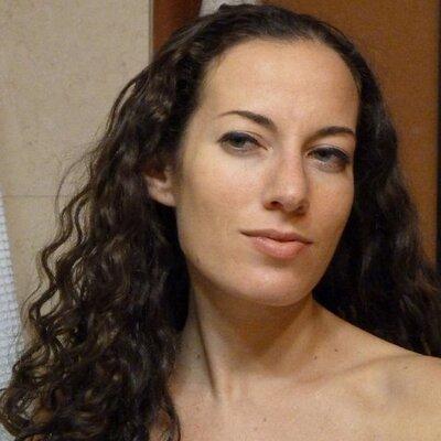 Samantha Jacobs photo 39