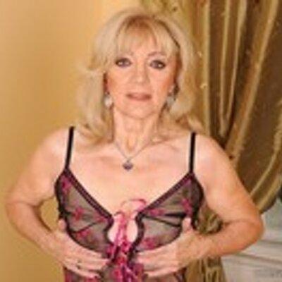 Video Granny 37