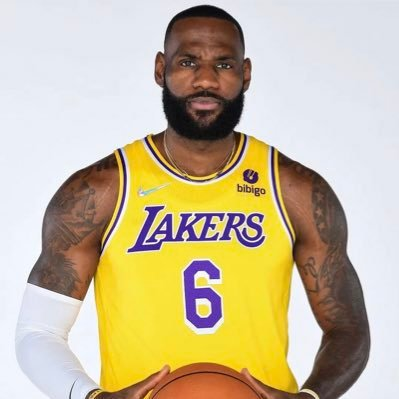Fan page of Los Angeles Lakers Star LeBron James. Followed by @KingJames! (4x NBA Champion, 4x NBA MVP, 17x All-Star) #TeamLeBron #Witness #StriveForGreatness