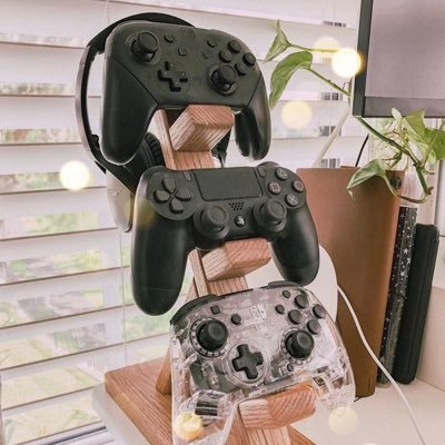 Woodworker, Custom Controller Stands for PlayStation, Xbox, Nintendo Switch or any controllers you have! Get you a Stand today!