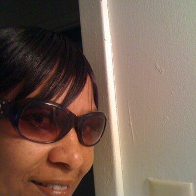 Mavis Muse (@MsMillican) Twitter profile photo