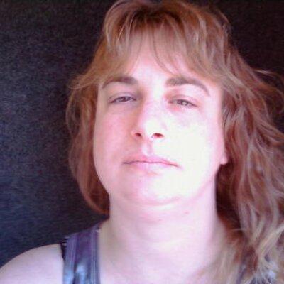 Heather VanOsdell (@KittieKat1971) Twitter profile photo