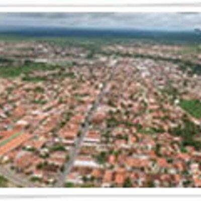 Tauá Ceará fonte: pbs.twimg.com