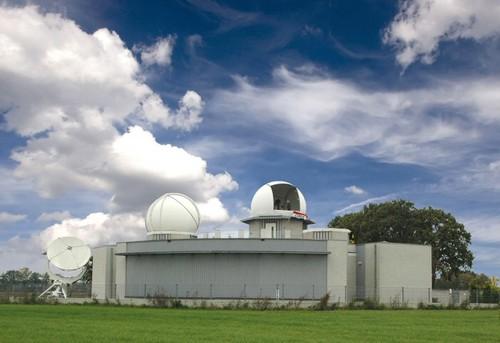 Afbeeldingsresultaat voor logo sterrenwacht halley