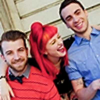 Paramore Clothes | Social Profile