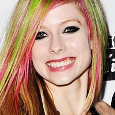 Are not avril lavigne fakes