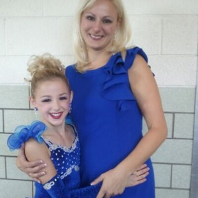 ♥LOVEDANCEMOMS♥ | Social Profile
