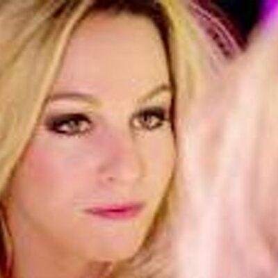 ChristinaMom (@AdmiredMama) Twitter profile photo