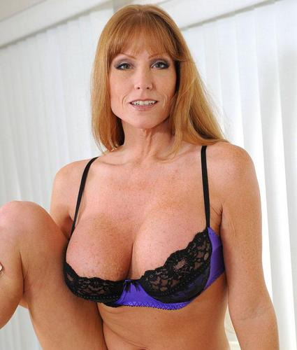 Sexy mom darla crane