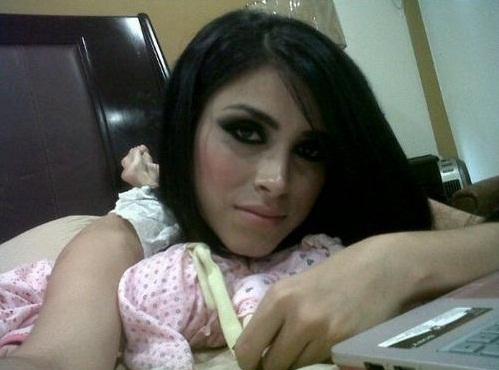 Claudia Felix Ochoa Metroflog Tweets with rep...
