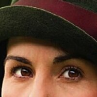 Lady Mary's Eyebrows | Social Profile