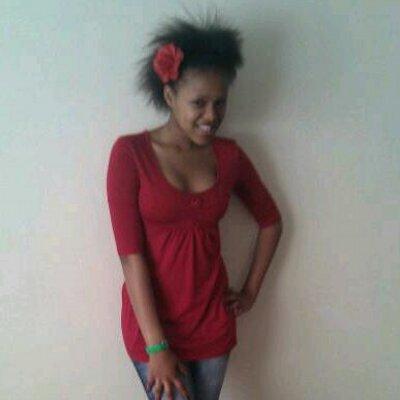 Natasha Thahane (@tashathahane) Twitter - Current Hairstyles