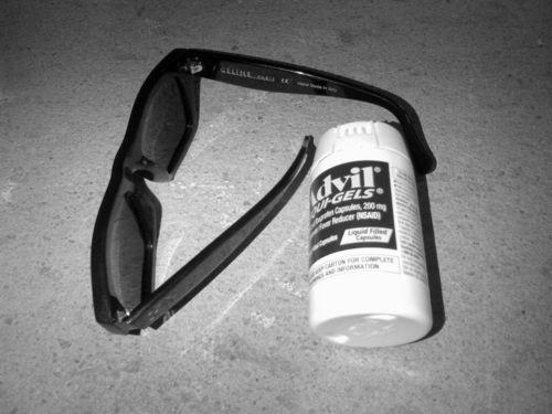 Sunglasses And Advil Last Night  sunglasses and advil sunglssesnadvil twitter