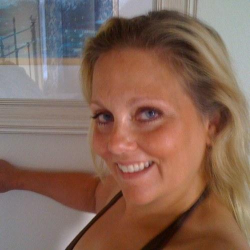 Arlene Tur Nude Photos 76