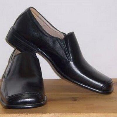 sepatu kerja pria