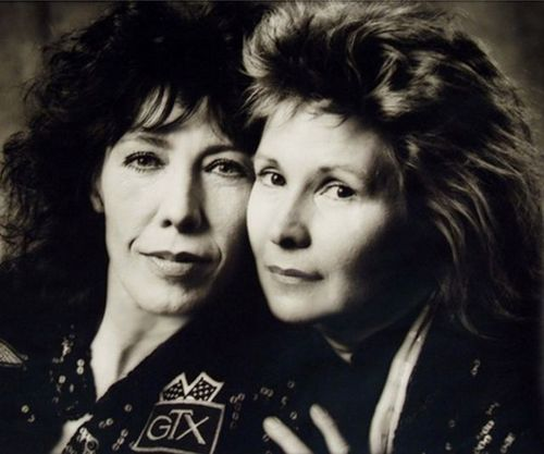 This is the OFFICIAL Twitter page of comedian Lily Tomlin and writer/producer/director Jane Wagner.