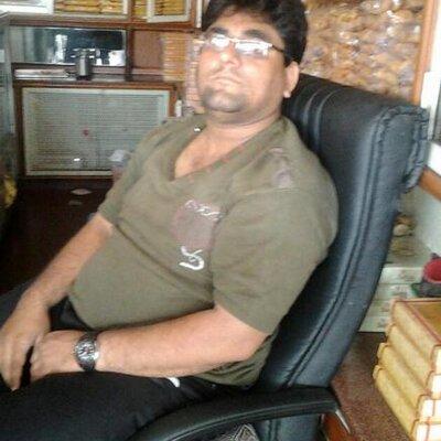 Rajesh Thadani On Twitter Insan Apna Chehra To Khub Sjata Hai Jis