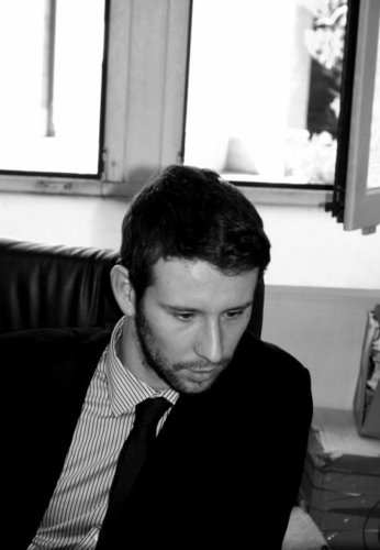 Max dubost maxdubost twitter for Bureau blanc et noir