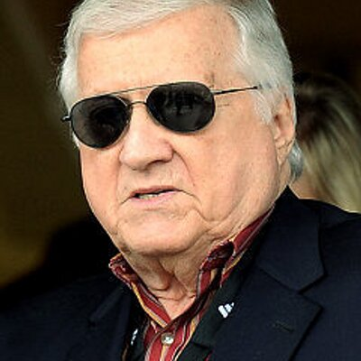 george steinbrenner the greatest owner in George steinbrenner, the passionate owner of the new york yankees whose spats with players and coaches sometimes overshadowed his accomplishments in putting.