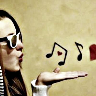 Frases De Canciones On Twitter Mujeres Lo Que Nos Pidan Podemos