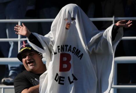 El fantasma de la b fantasma b twitter for La b b