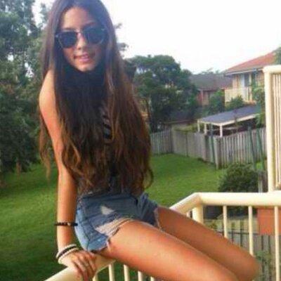 skinny-teen-posing-in