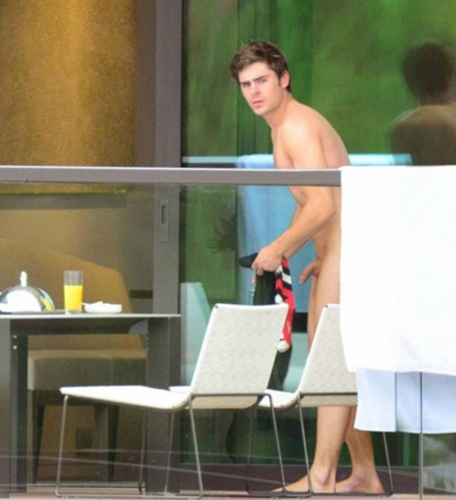 Zac Efron And Naked Model 86